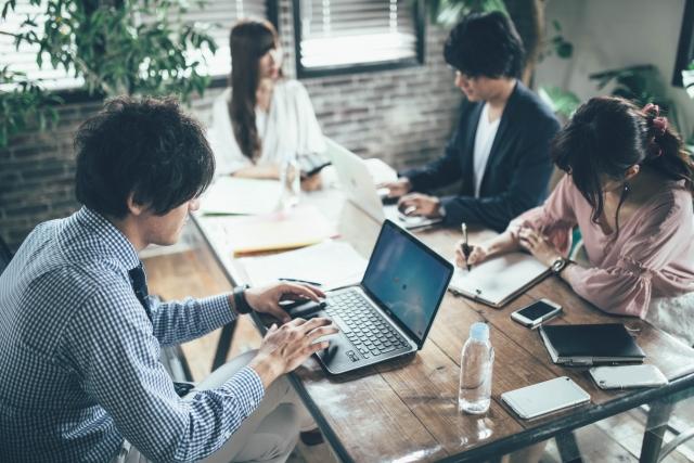 会社におけるカウンセリングや傾聴を考える